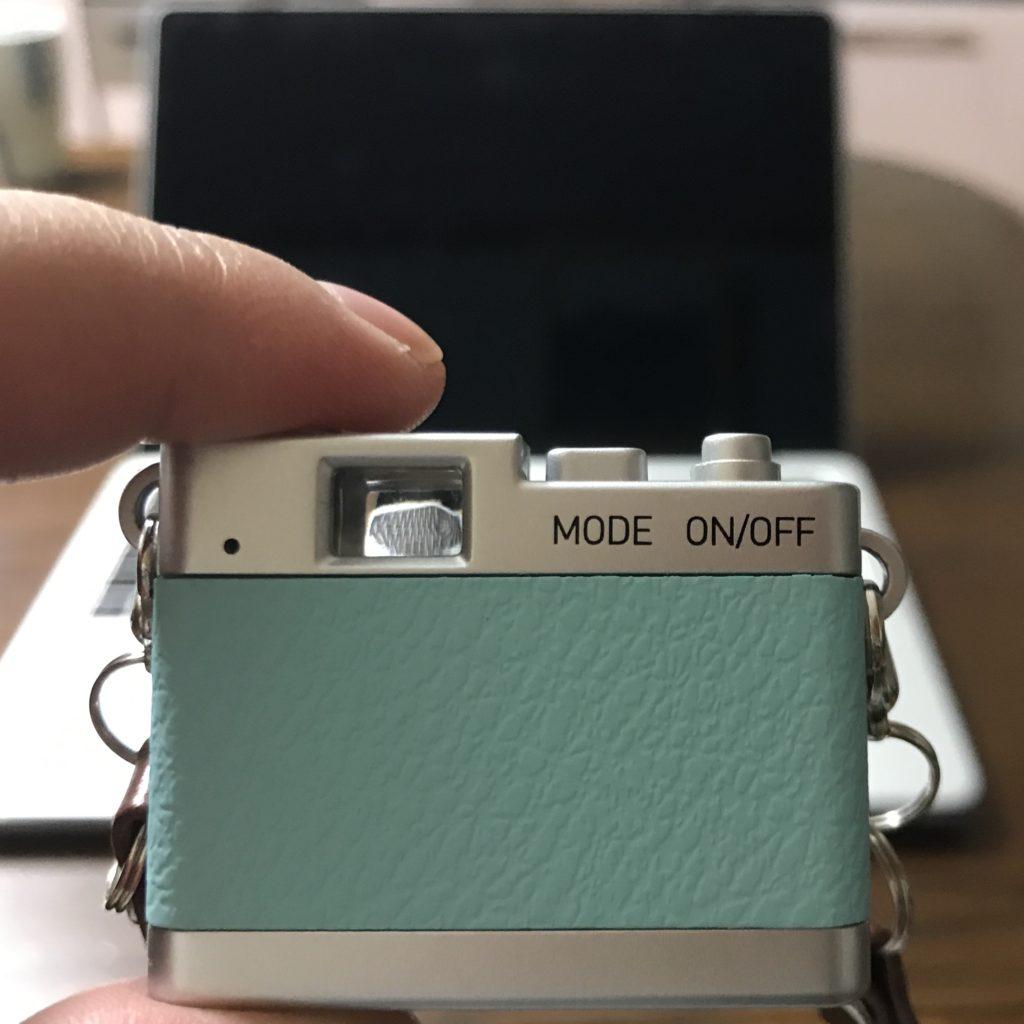 トイカメラのファインダー
